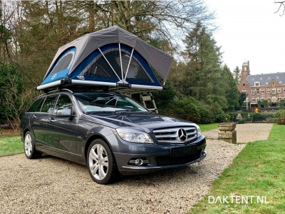 Yuna rooftent open