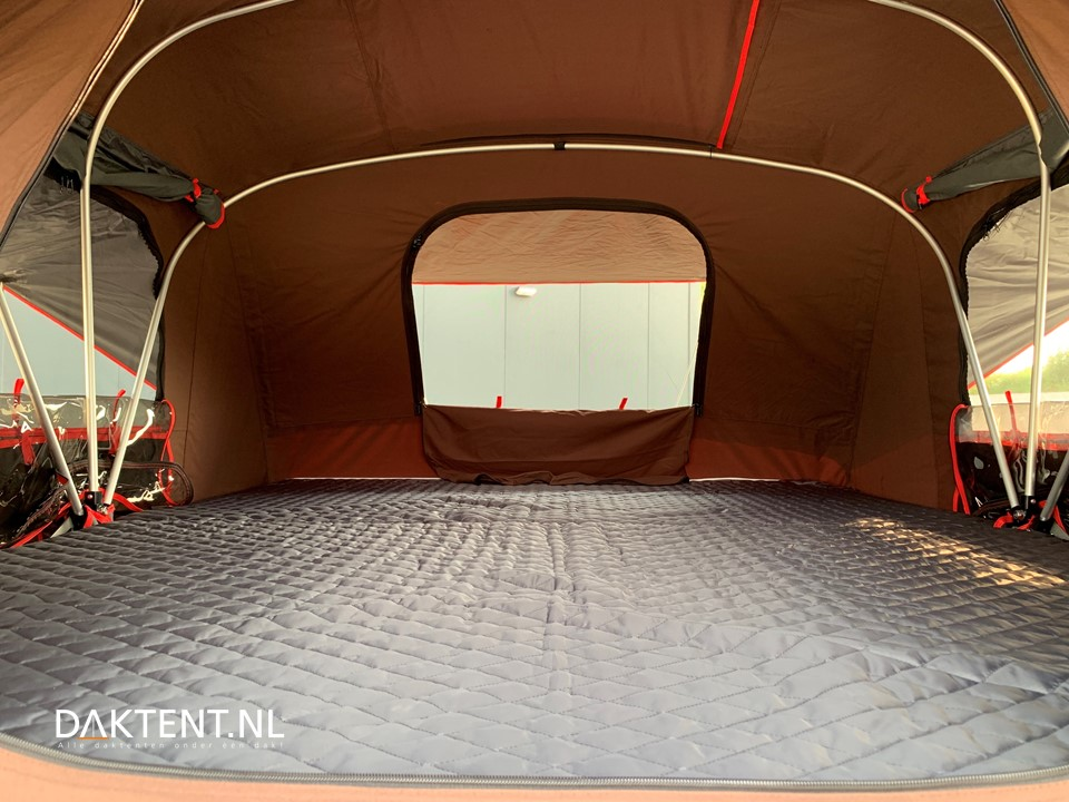 X-cover rooftent inside