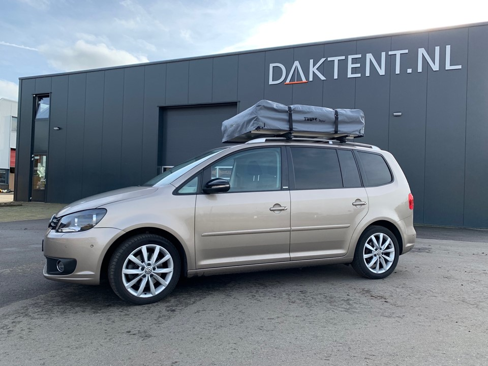 Thule Tepui rooftoptent closed